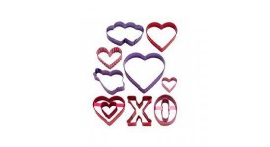 Valentine hjerte udstikkere i farvet metal 9 stk