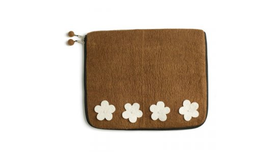 Sleeve. Brown Flower. En gry og sif.