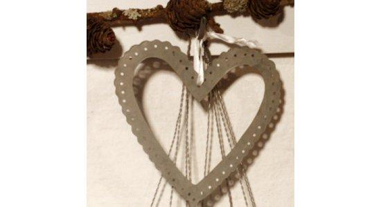 Zink hjerteramme med fin hulkant, 16 cm