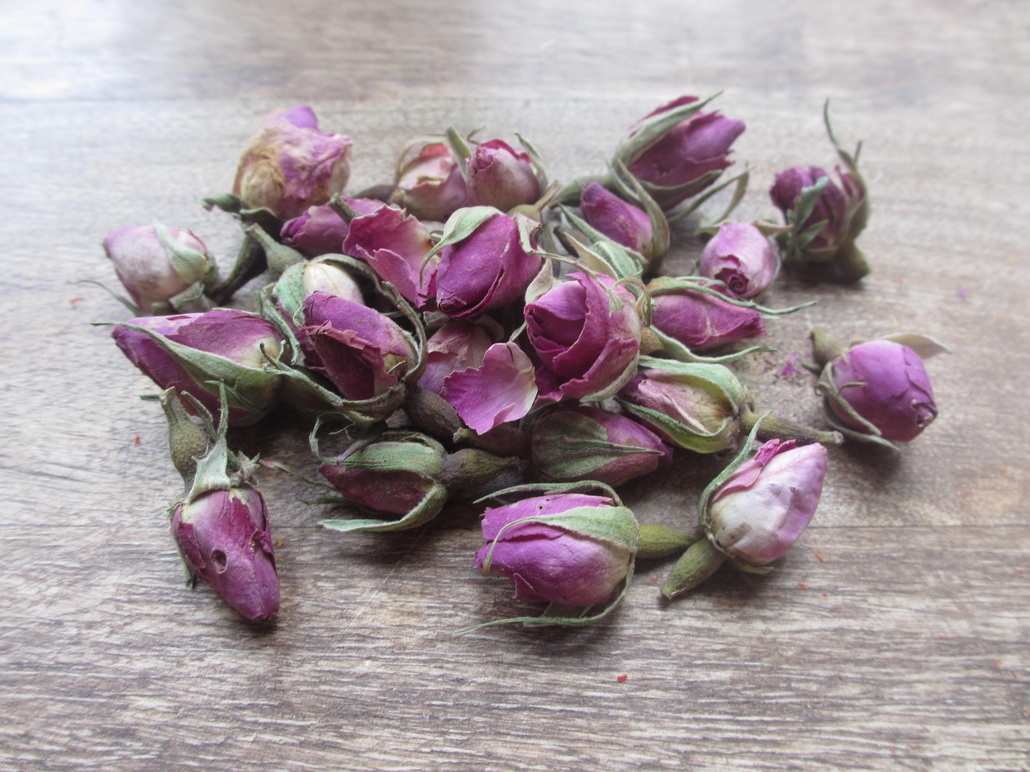Tørret spiselige blomster, Rosenknopper 10 g.